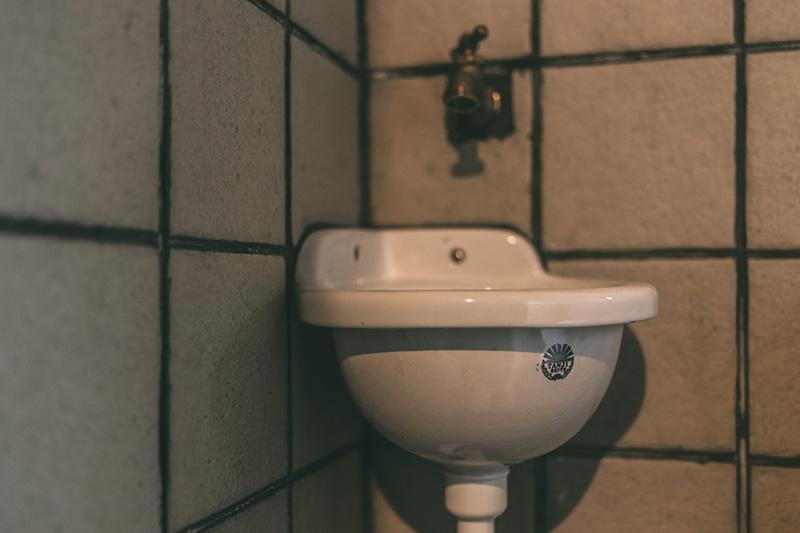 新潟 ゲストハウス なり Toilet