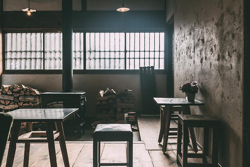 新潟ゲストハウス なり Bar